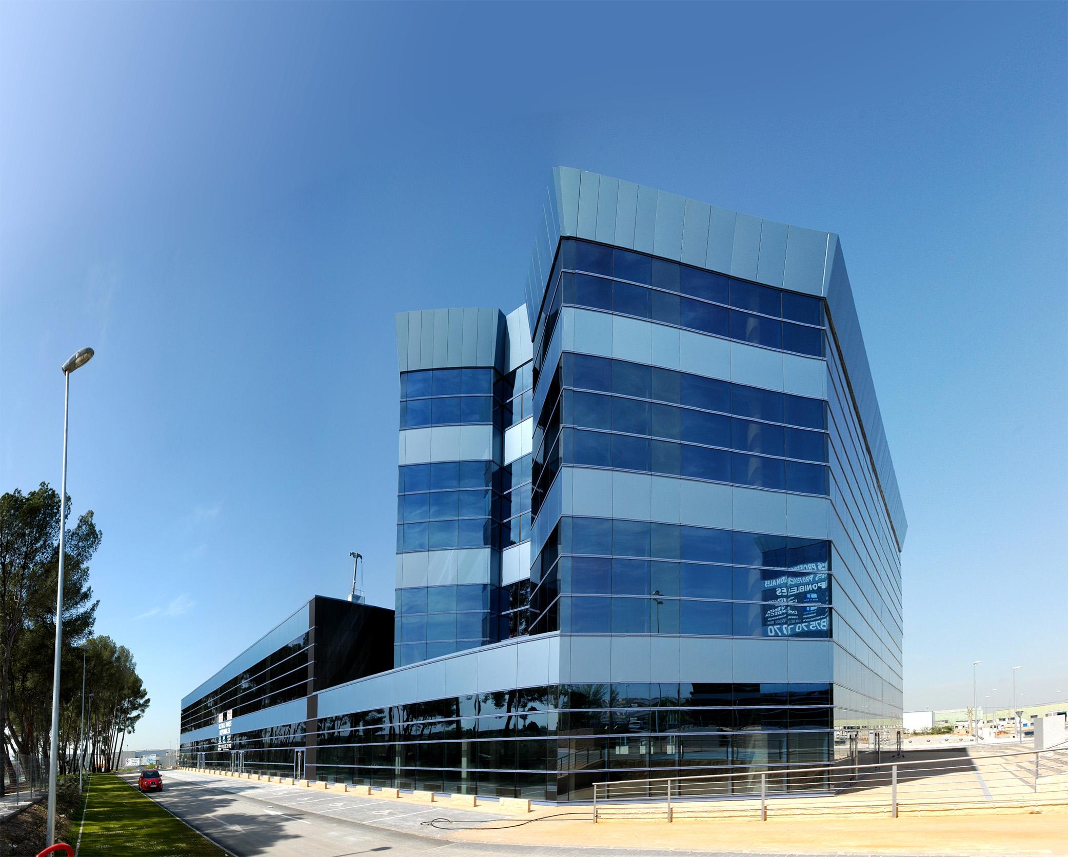Centro de negocios y oficinas en arganda laz arquitectura for Oficina de empleo de arganda del rey